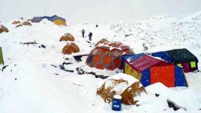 ホワイト・ベースキャンプ