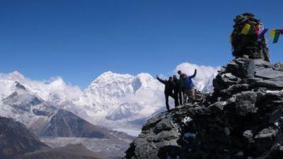 チュクン・リ(5500m)登頂泊!