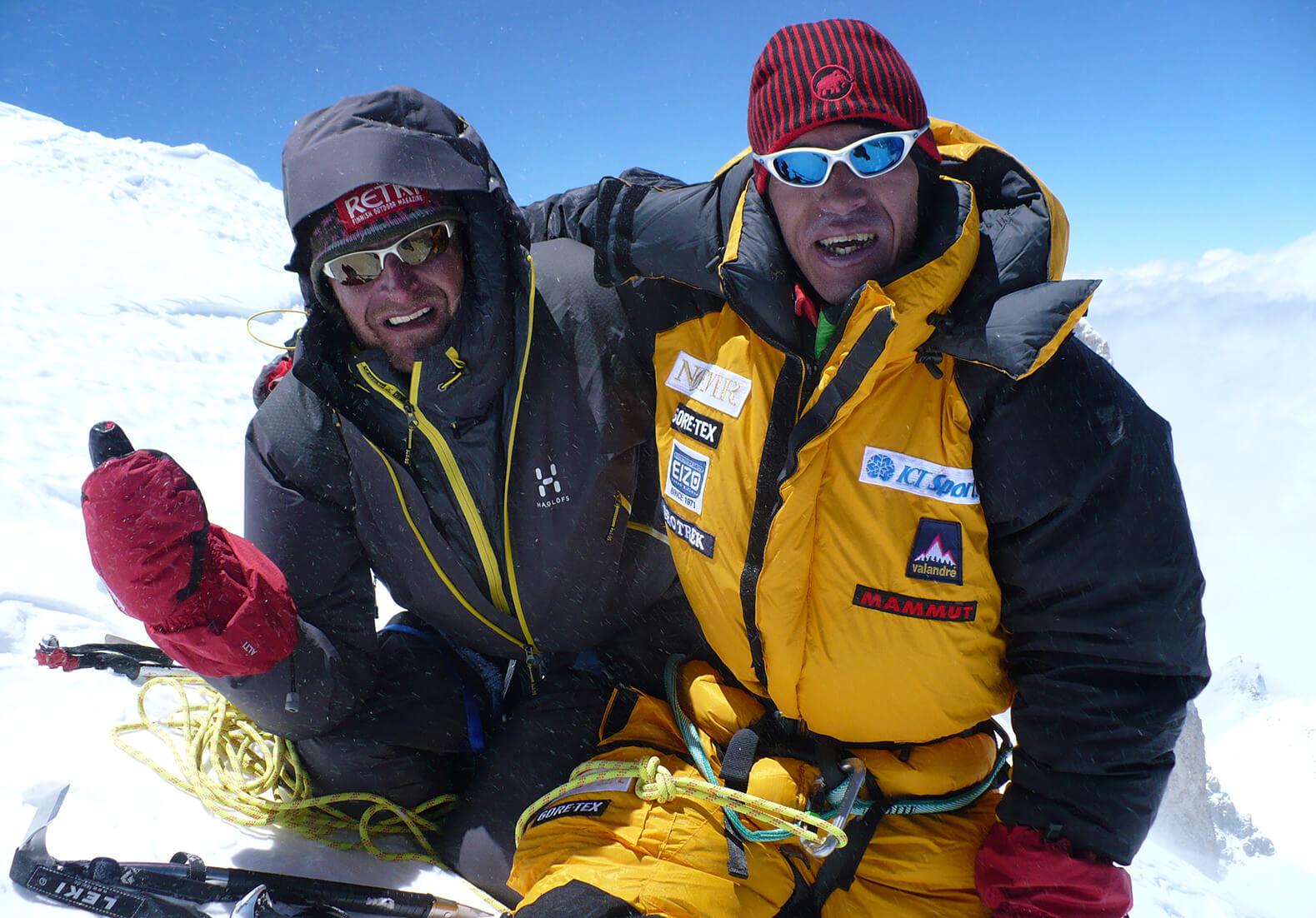 ガッシャブルムⅡ峰登頂成功